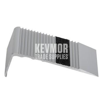 UFS86GT Black Scalloped Aluminium Stair Nosing