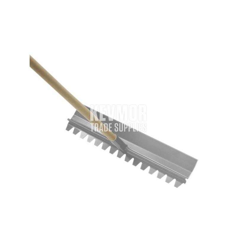 24 Quot X 4 Quot Magnesium Concrete Rake With Handle Cc114 Kevmor